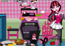 Draculaura Messy Kitchen Cleaning
